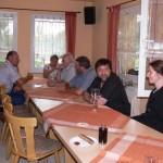 Zu spannenden Diskussionen kam es auch in den Vereinsräumen des CHC.