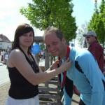 Die Vorsitzende der Jusos Köthen Ina Franke nahm die Auszeichnung der SPD- Läufer vor.