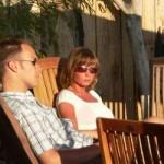Bei fantastischem Wetter bot sich für Chris Henze und Freundin am Ende der Veranstaltung ein Sonnenbad auf der Terasse an.