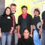 Die Jusos mit der Schauwand zum Jugendclub Bushaltestelle